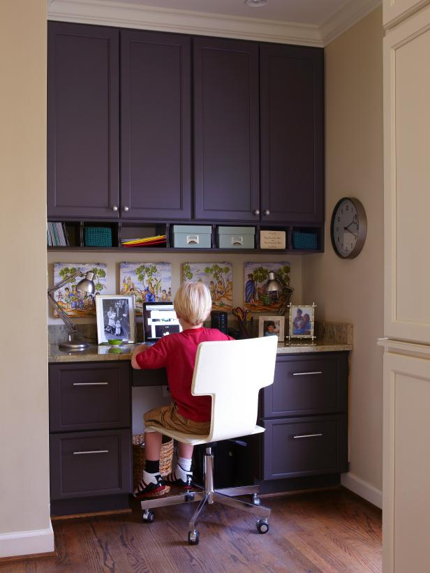 Original-photog-Jean-Allsopp-kitchen-desk_s3x4