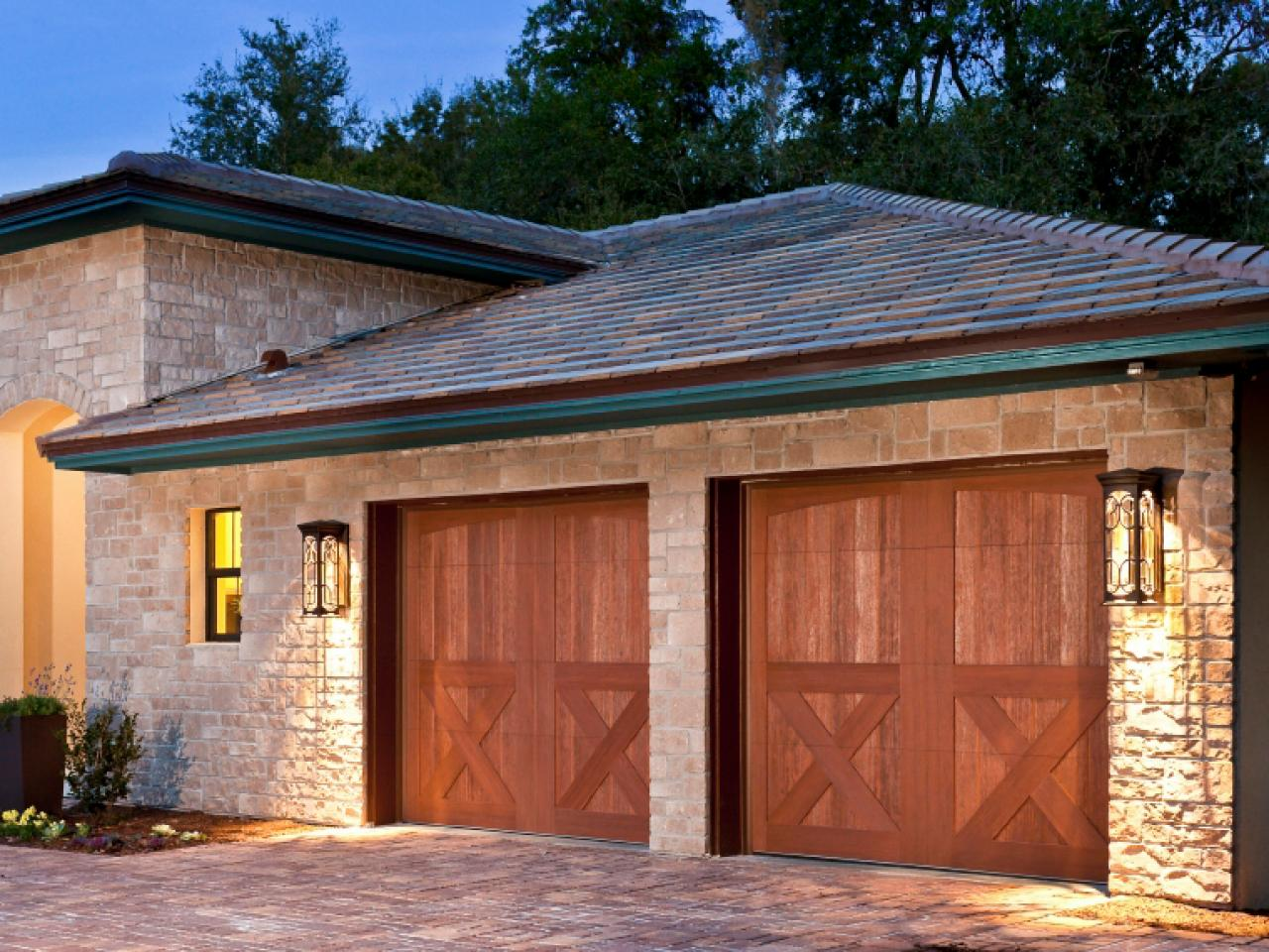 Garage door buying guide diy for 16 car garage