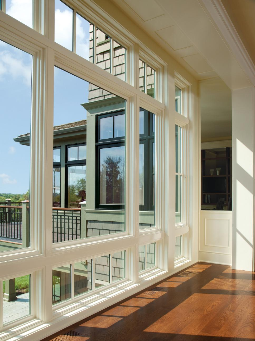 8 types of windows hgtv for Bay window remodel