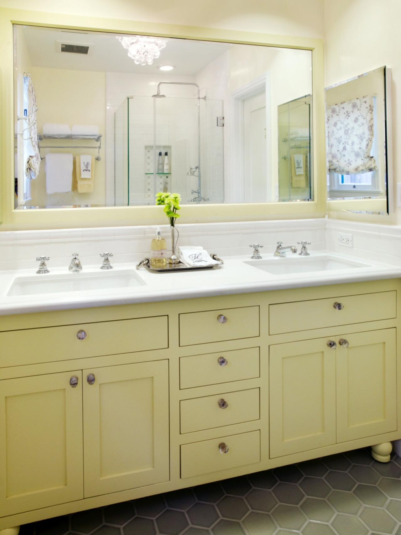 10 yellow bathroom ideas hgtv 39 s decorating design blog for Bathroom yellow paint