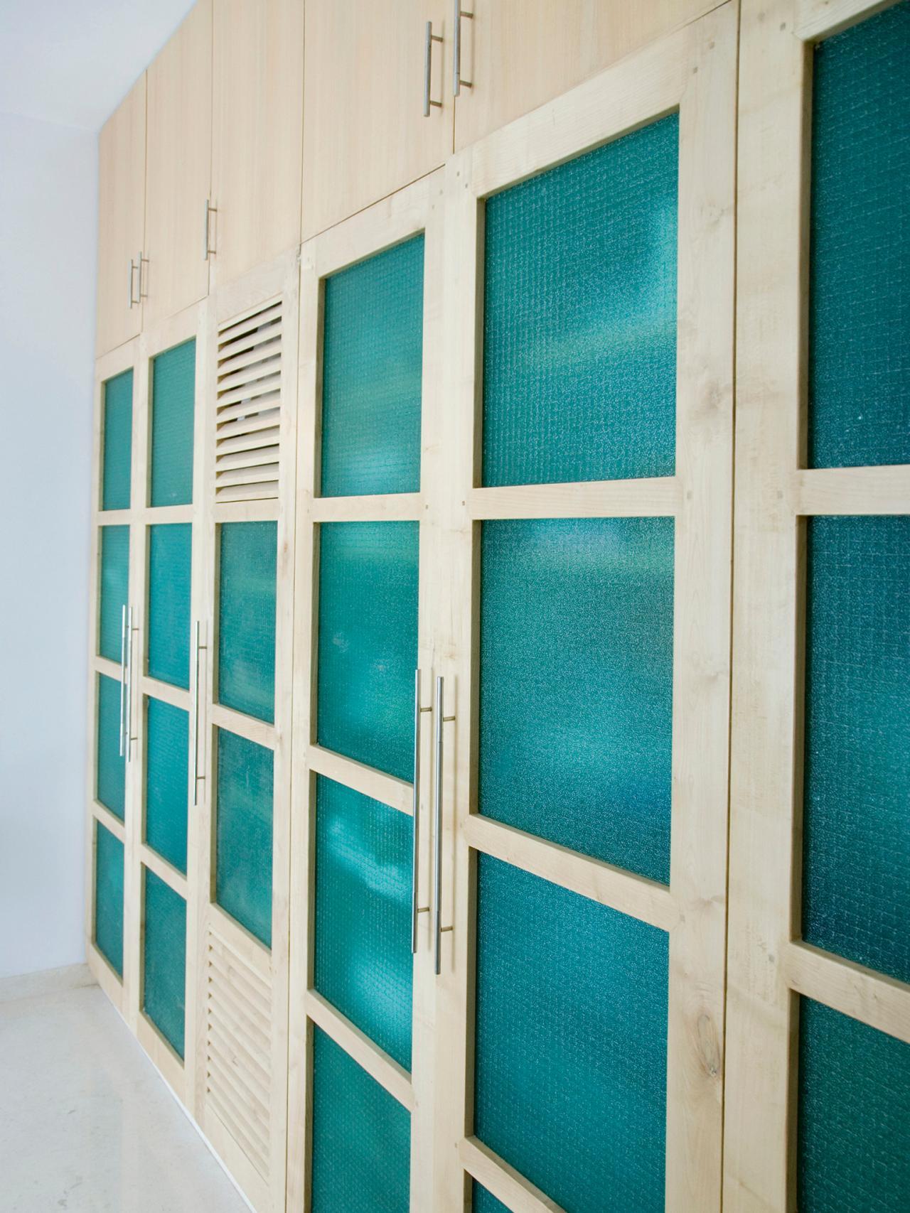 Delightful Mirrored Closet Door Makeover Sliding Mirror Doors