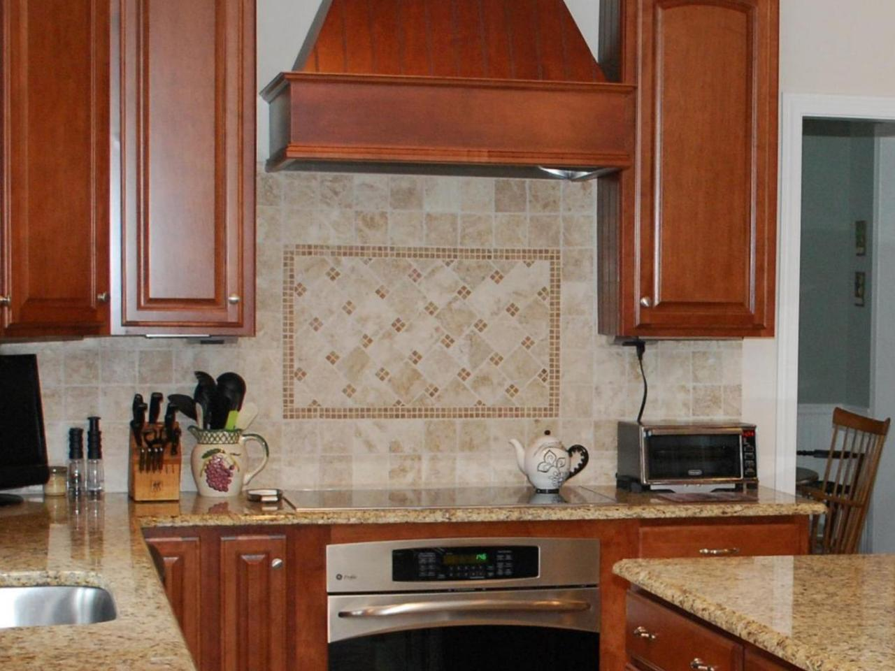 Travertine Stone Backsplash : Travertine backsplashes hgtv