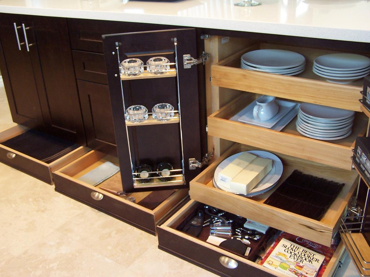 Kitchen Pull-Out Cabinets: Pictures, Options, Tips & Ideas