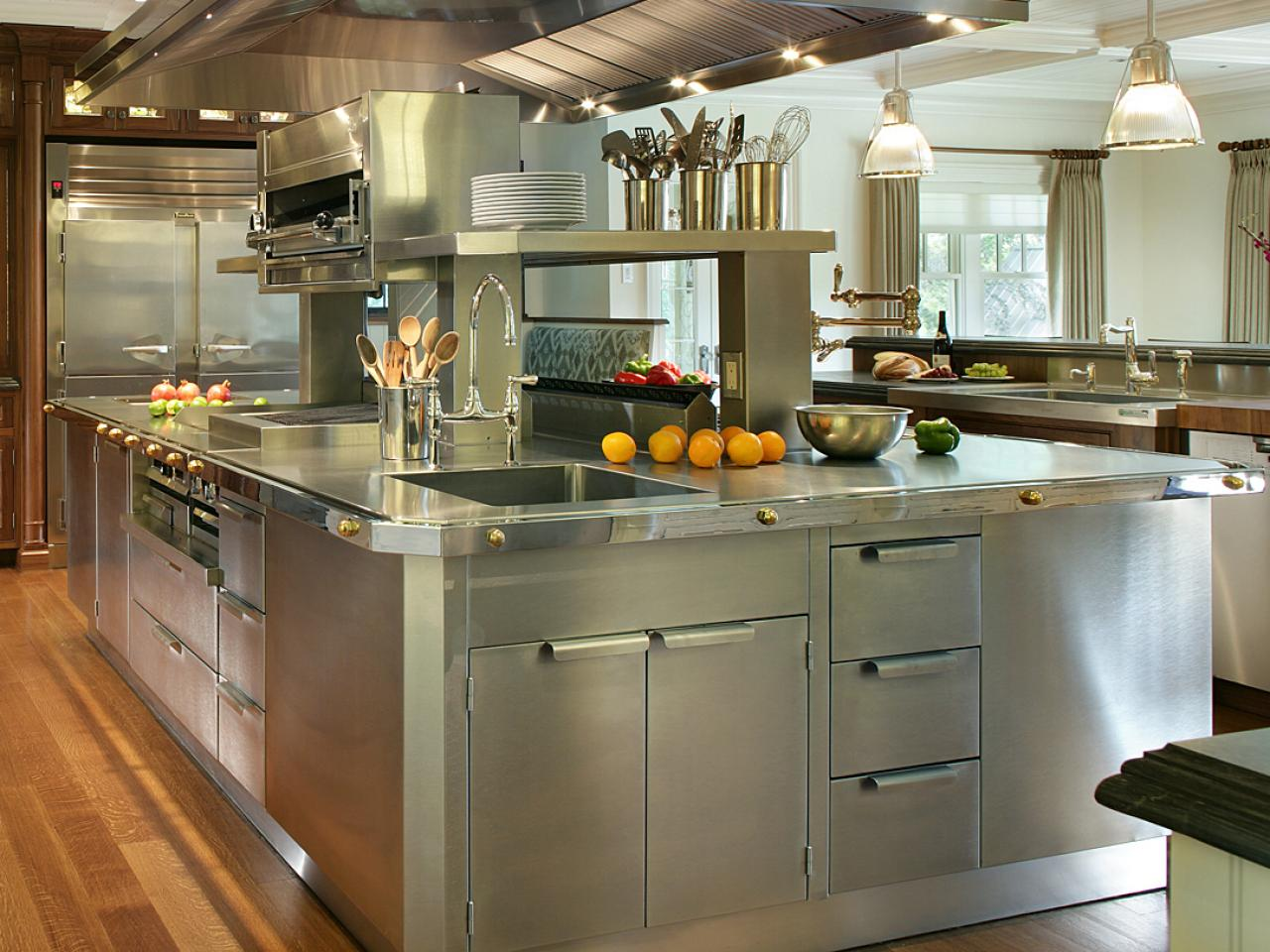 Stainless steel kitchen cabinets pictures options tips for Metal kitchen cabinets