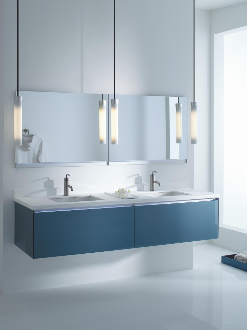 9 bathroom vanity ideas hgtv for Blue white bathroom ideas
