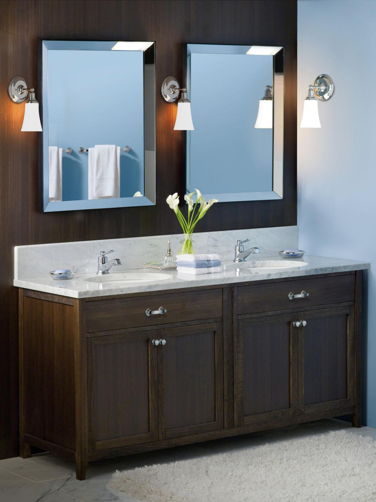 Blue And Brown Bathroom: Choosing A Bathroom Vanity
