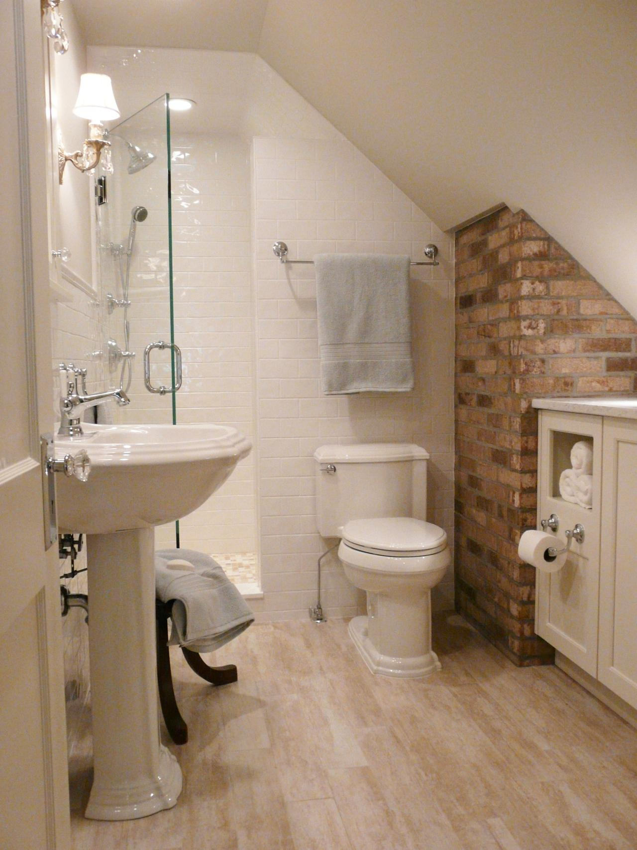 Small bathrooms big design hgtv for Tiny bathroom layout