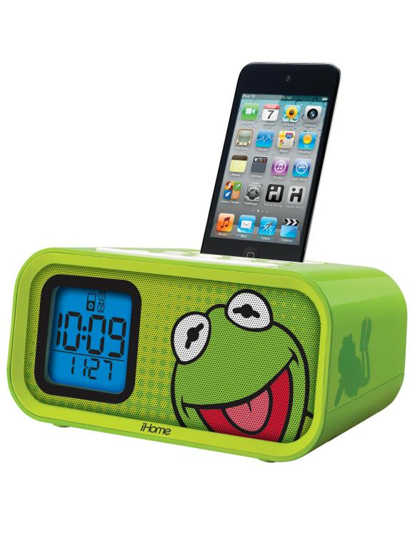 CI-ekids-kid-ipod-dock_s3x4