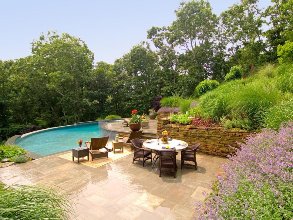55 patio bars outdoor dining rooms hgtv. Black Bedroom Furniture Sets. Home Design Ideas