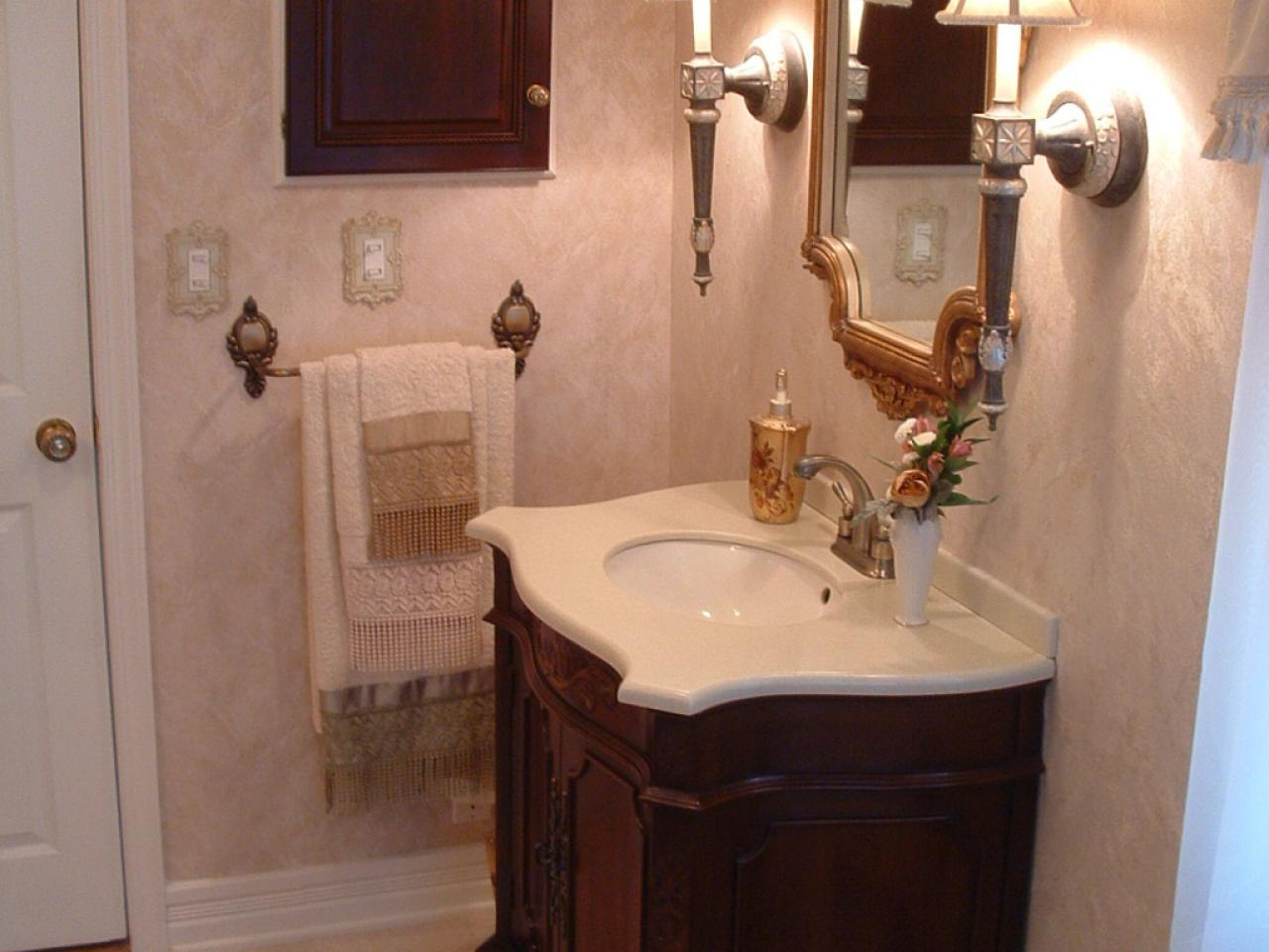 Victorian bathrooms hgtv for Home and bathroom
