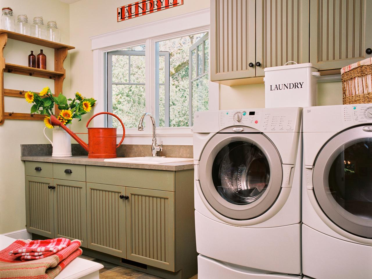 Laundry room makeover ideas pictures options tips advice hgtv - Small space makeovers ideas ...