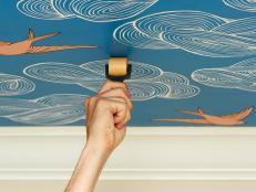 HGRM-ceilings-blue-wallpaper-rolling_s4x3