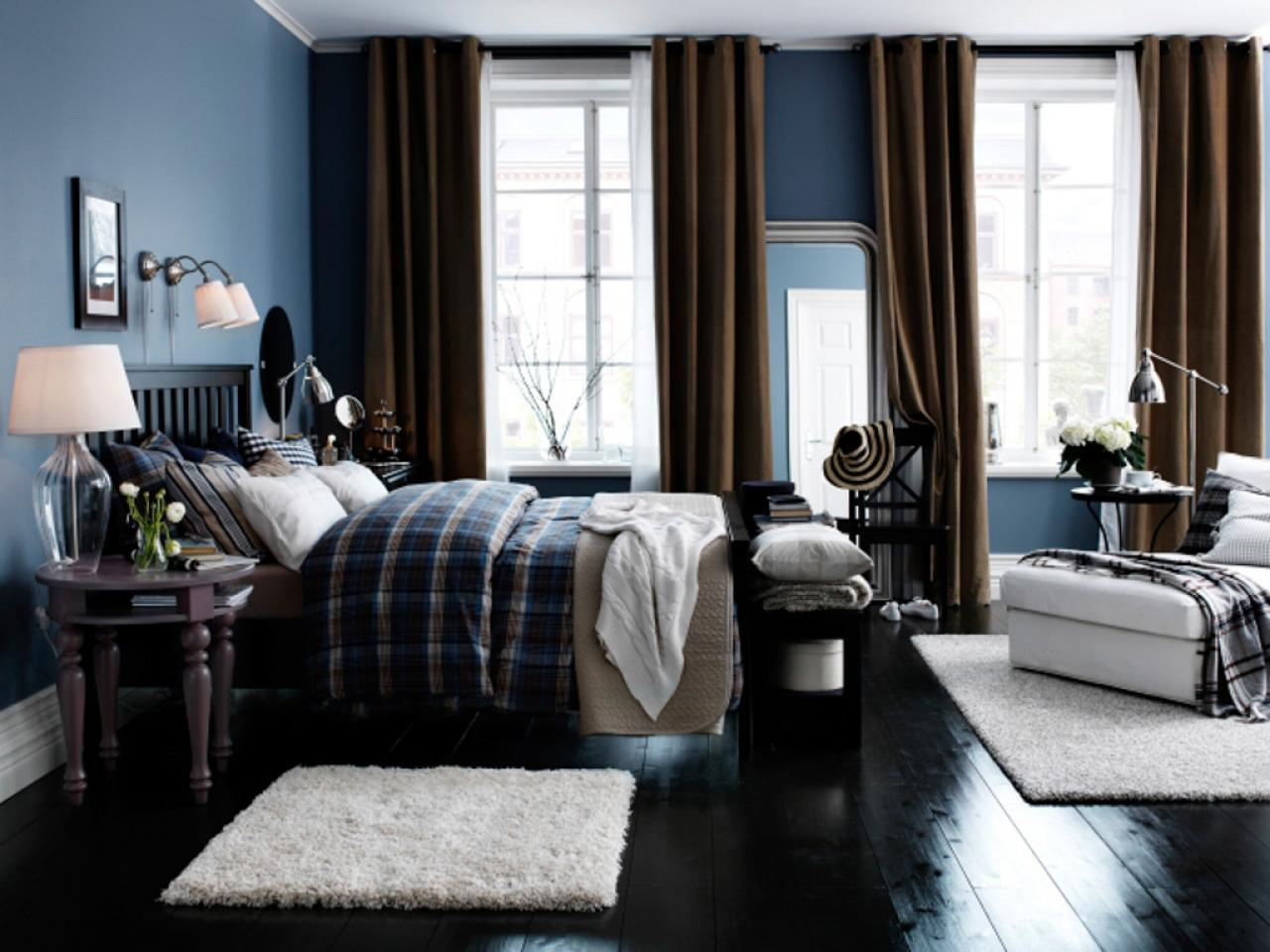 Brown and dark blue bedroom - Master Bedroom Color Combinations