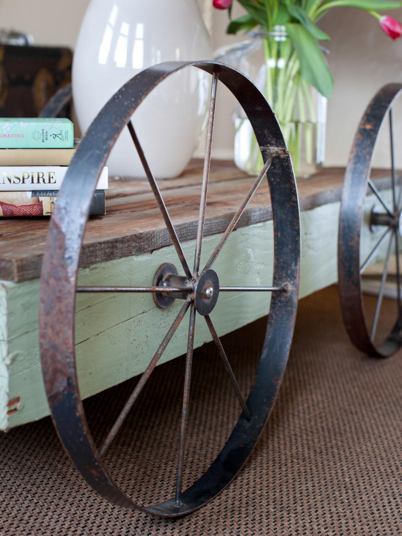Bpf original coastal chic apartment wheel coffee table v.jpg.rend.hgtvcom.1280.1707