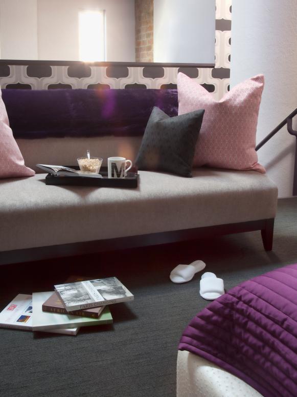 original-gibbons-reading-sofa_s3x4