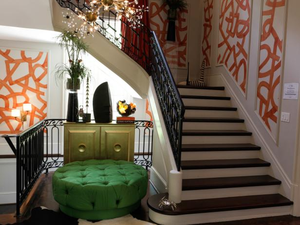 original_atl-decorators-show-house-grand-staircase-beauty_4x3