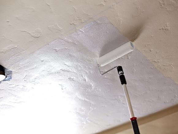 ODOC_house_counselor_install_faux_tin_ceiling_apply_cement_to_ceiling_002_hjpg