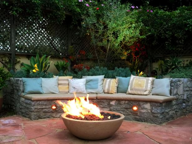 Must Have Patio Features 9 Photos
