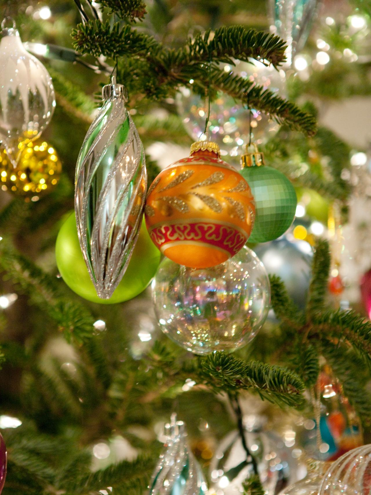 11 youtube videos to watch for christmas decor ideas for How to design a christmas ornament