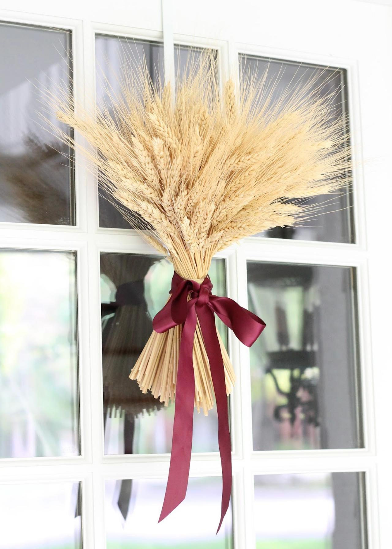 Wow With Wheat. Fall Wheat Door Decor & 10 Fall Door Decorations That Aren\u0027t Wreaths | HGTV\u0027s Decorating ... Pezcame.Com