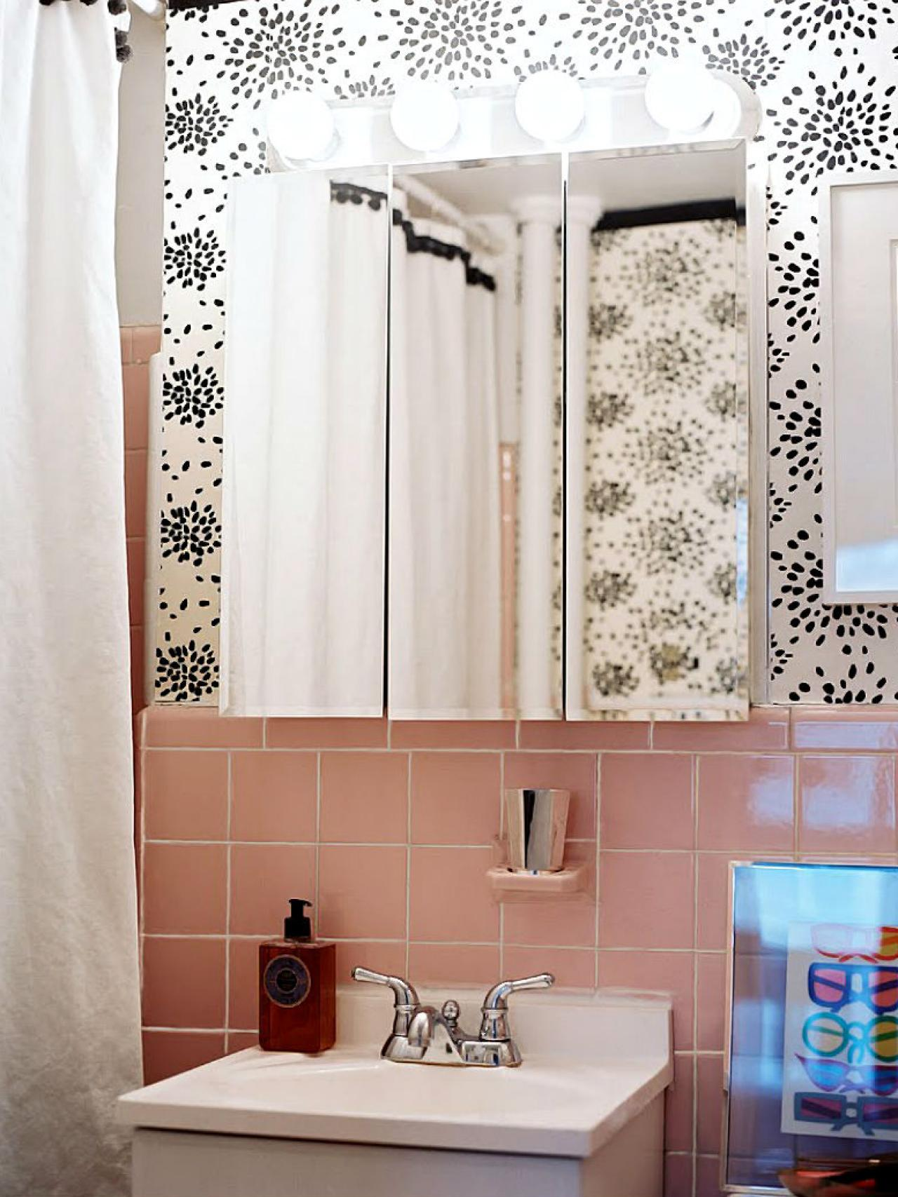 Reasons to love retro pink tiled bathrooms hgtv 39 s for Outdated bathroom ideas