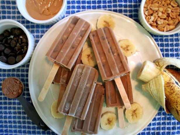 Healthy Peanut Butter, Banana and Chocolate Ice Pops