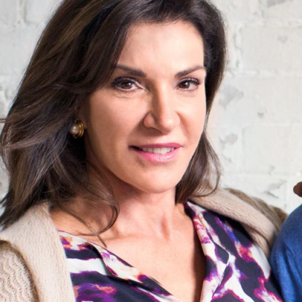 hilary farr height