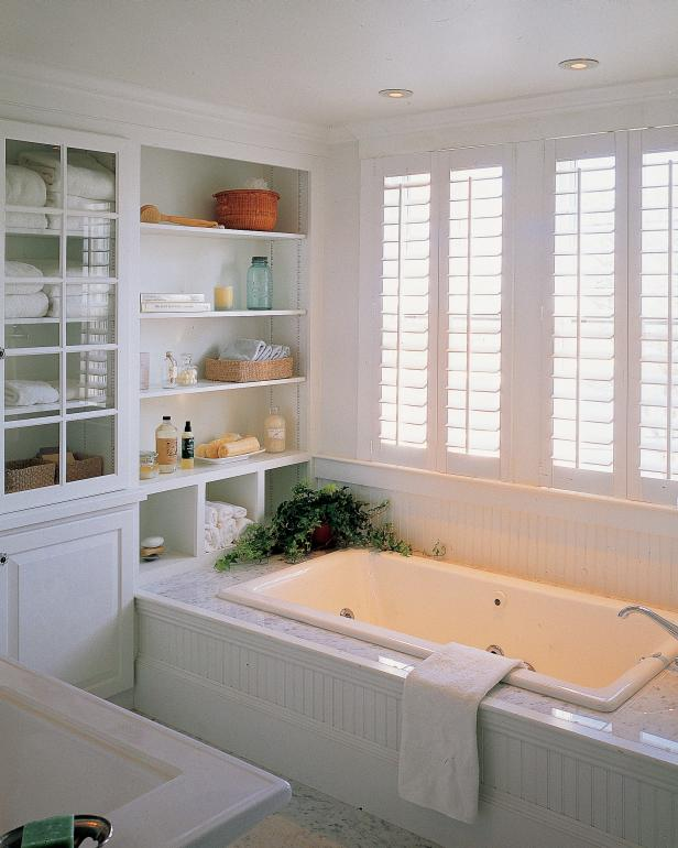 White bathroom decor ideas pictures tips from hgtv hgtv for Bathroom designs for home