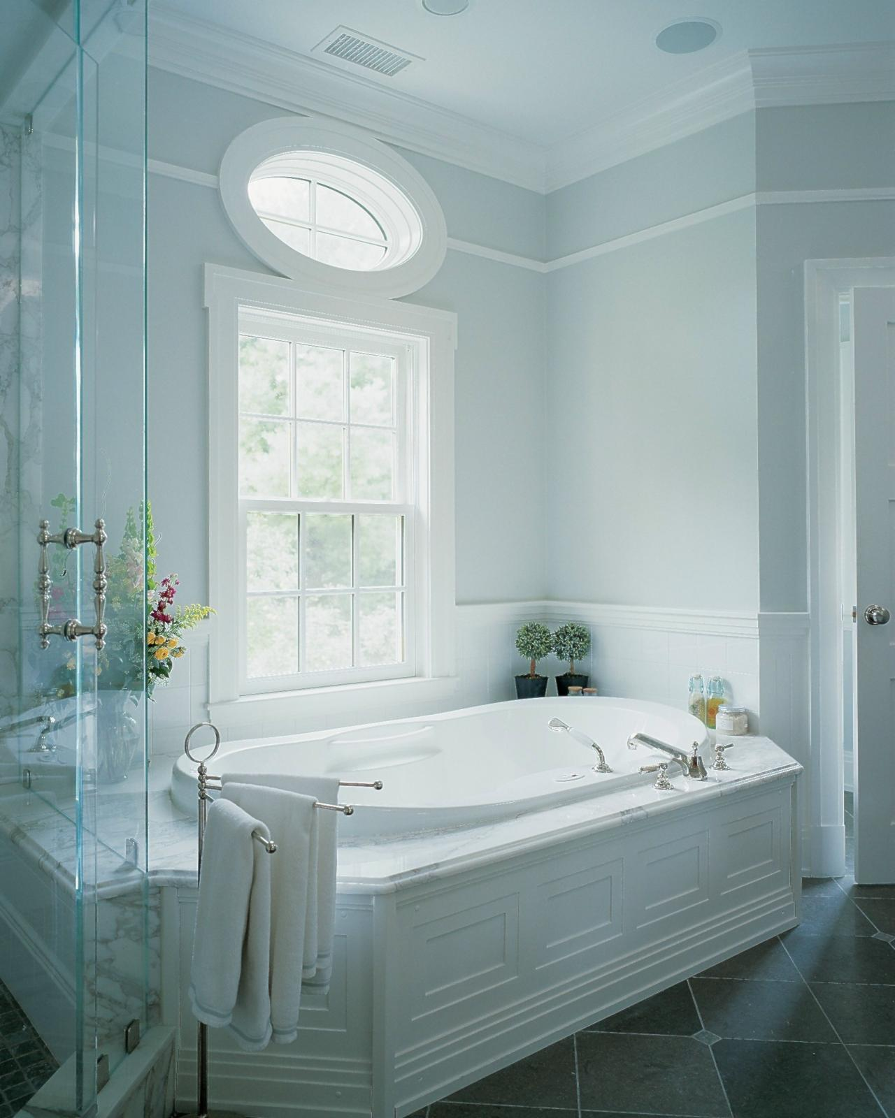 Bathtub styles options pictures ideas tips from hgtv Beautiful bathrooms and bedrooms magazine