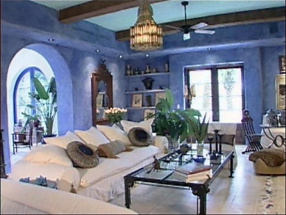 Tips for mediterranean decor from hgtv hgtv for Mediterranean house interior design
