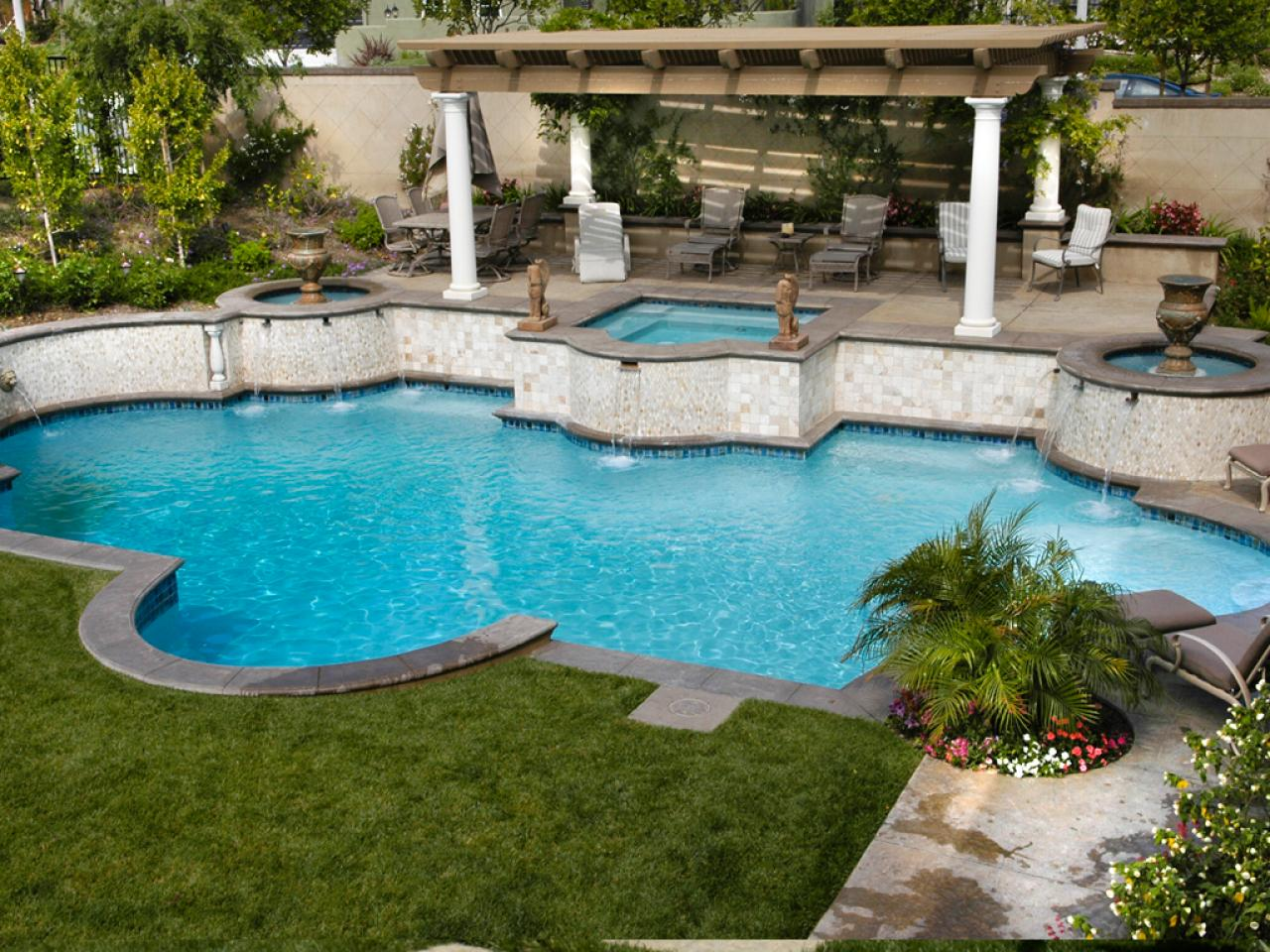 Mediterranean inspired swimming pools outdoor spaces for Poolside ideas