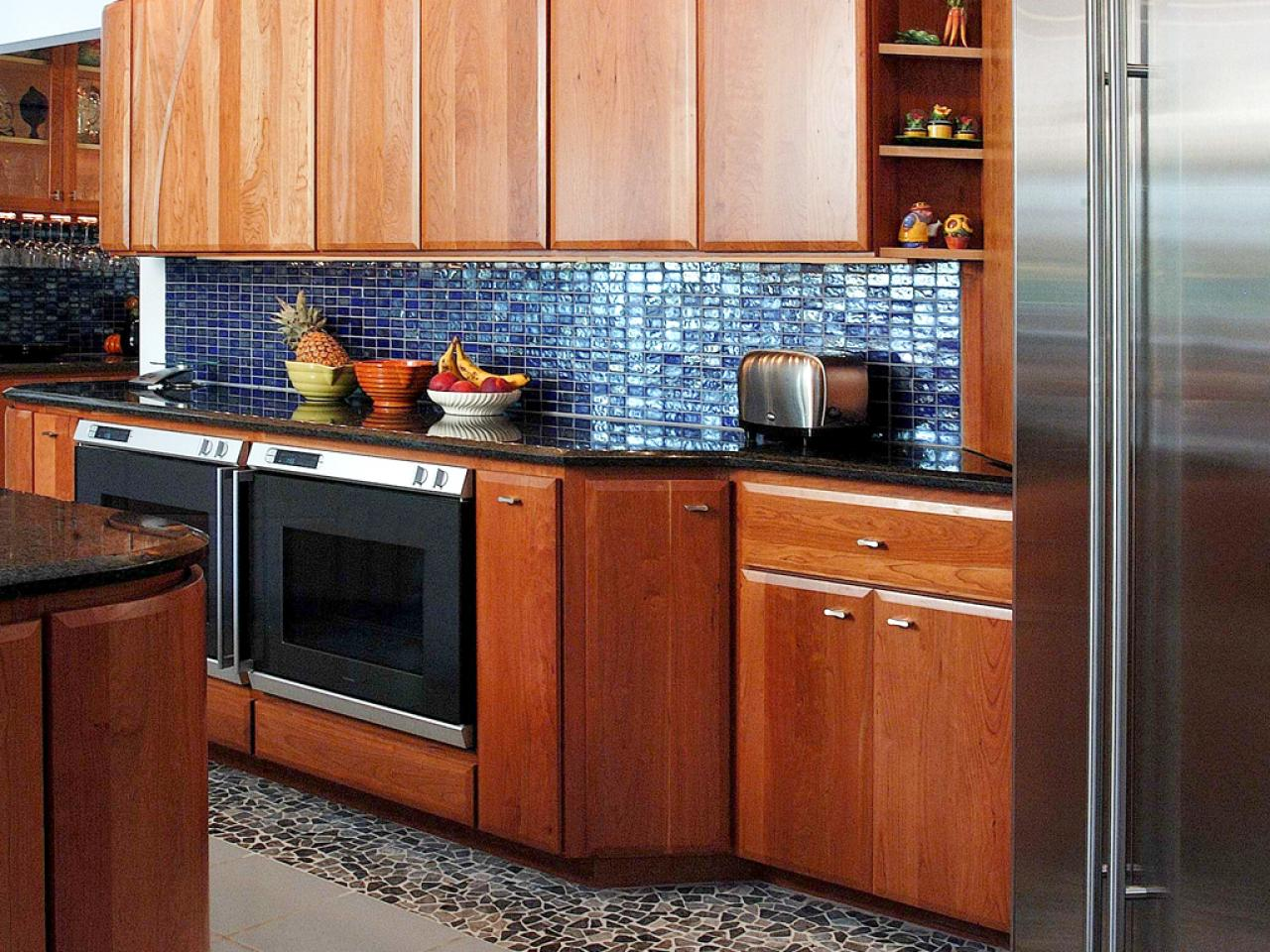 stainless steel backsplashes pictures ideas from hgtv hgtv bright and fun