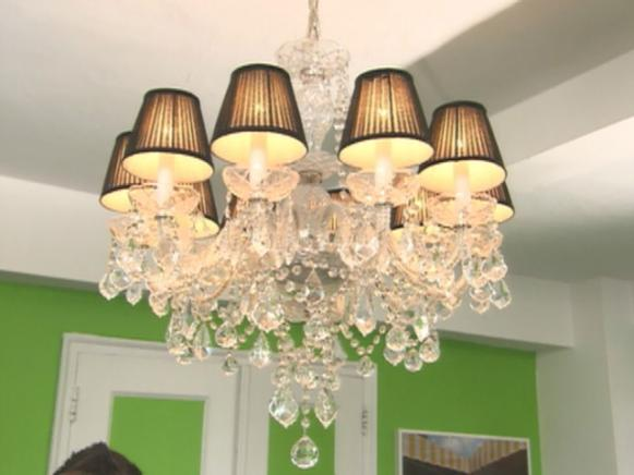 hssbs103_2B_chandelier