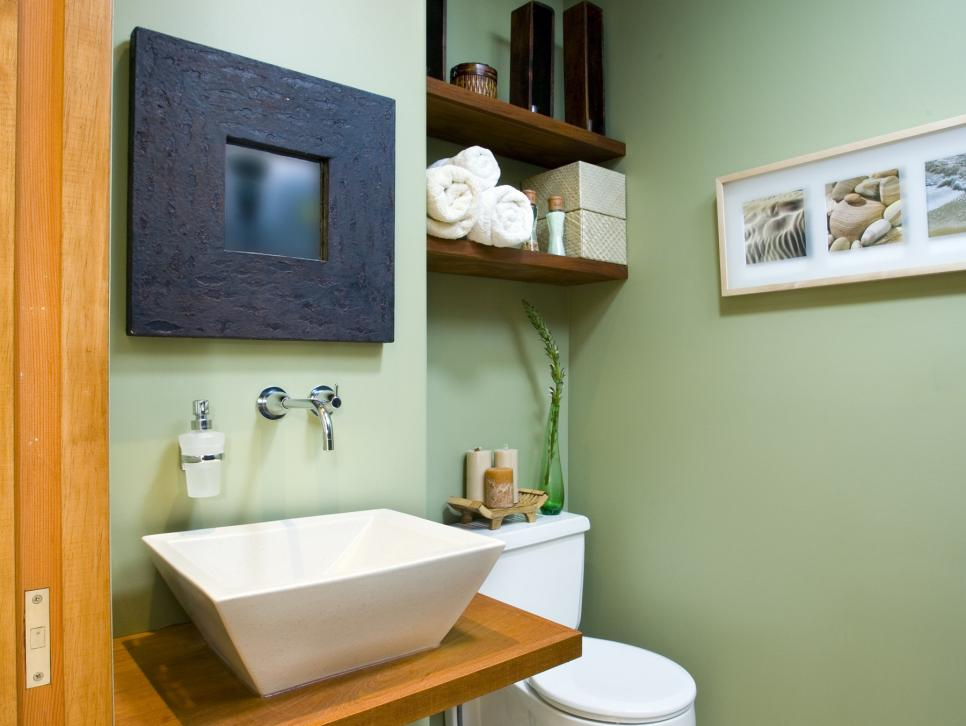 Savvy Apartment Bathrooms HGTV - Bathroom decorating ideas for apartments pictures