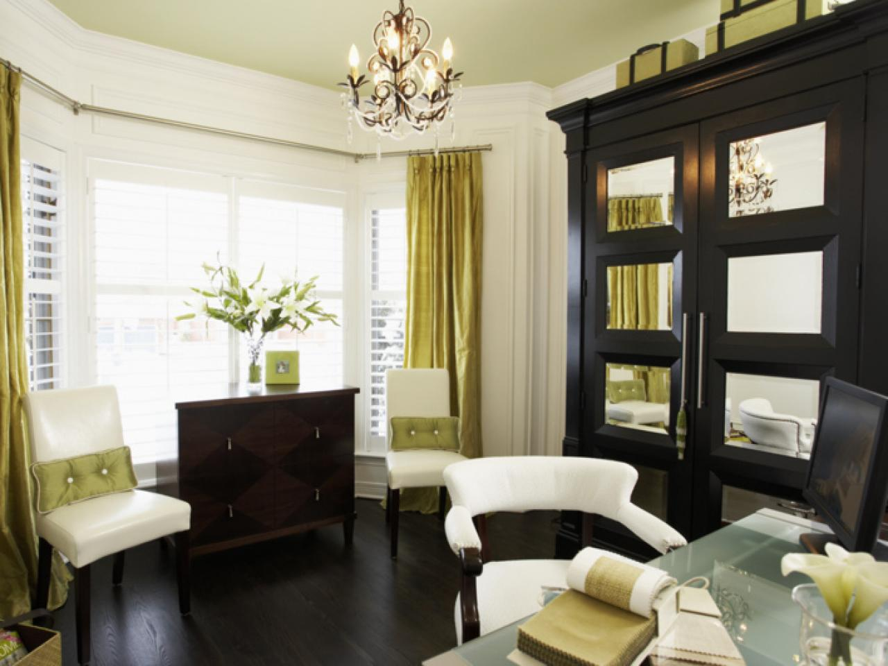 Bay window treatment ideas window treatments ideas for for Living room window blinds