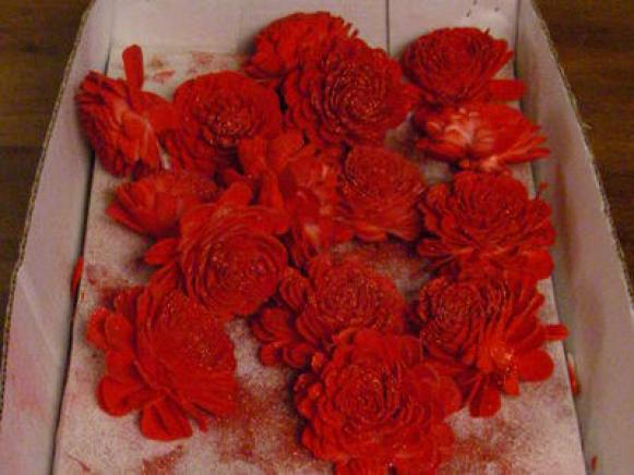 Pomander_Ball_-_Spray_Painted_Flowers