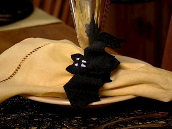 hms03s07-bat-napkin-ring
