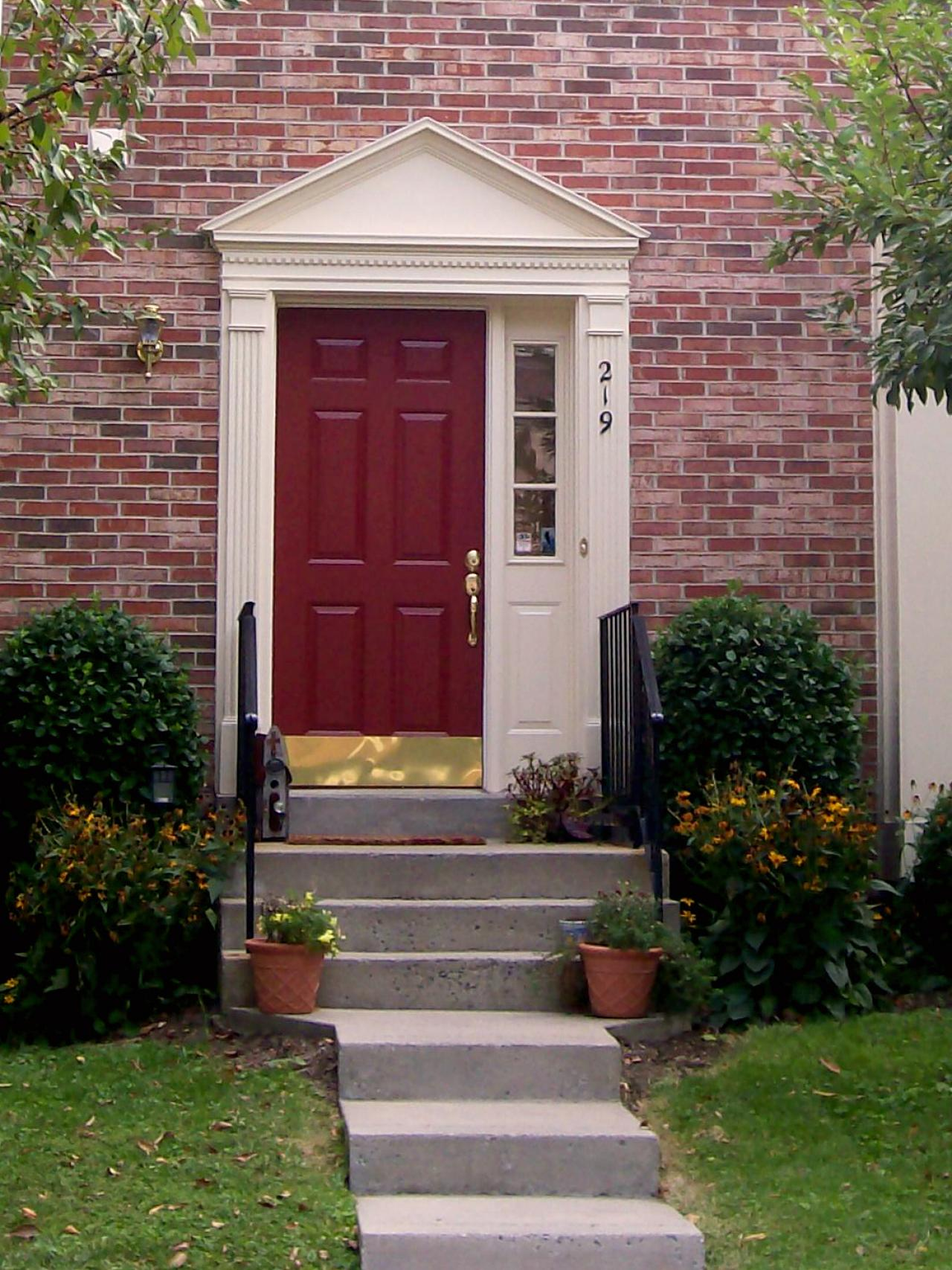 5 ways to decorate with red hgtv Best varnish for exterior doors