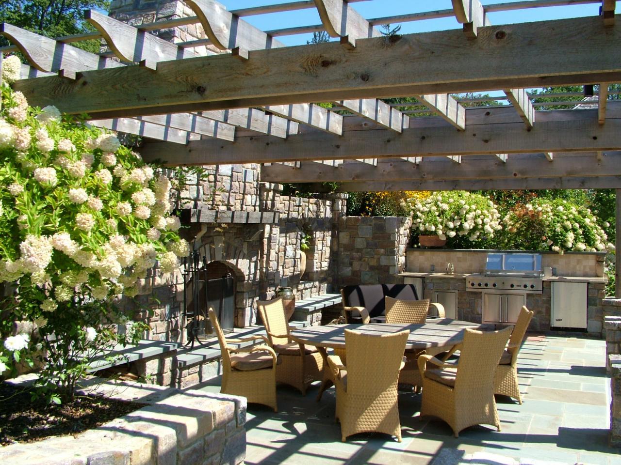 Build an outdoor kitchen - Cheap Outdoor Kitchen Ideas Building