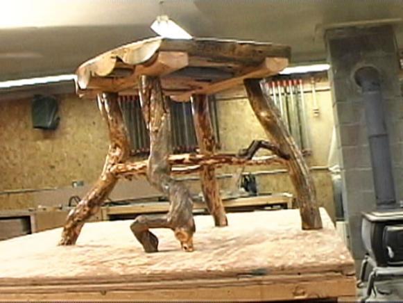 Make a rustic log side table hgtv for Log table design