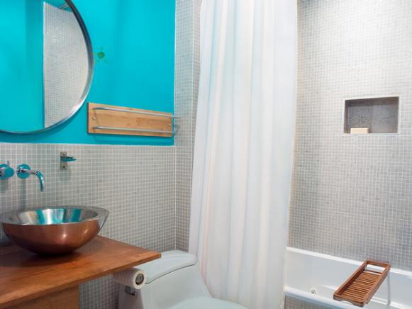 Discover the latest bathroom color trends hgtv for Bathroom decor colors