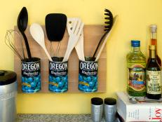 Clever Organizers: Can Kitchen Utensil Clutter