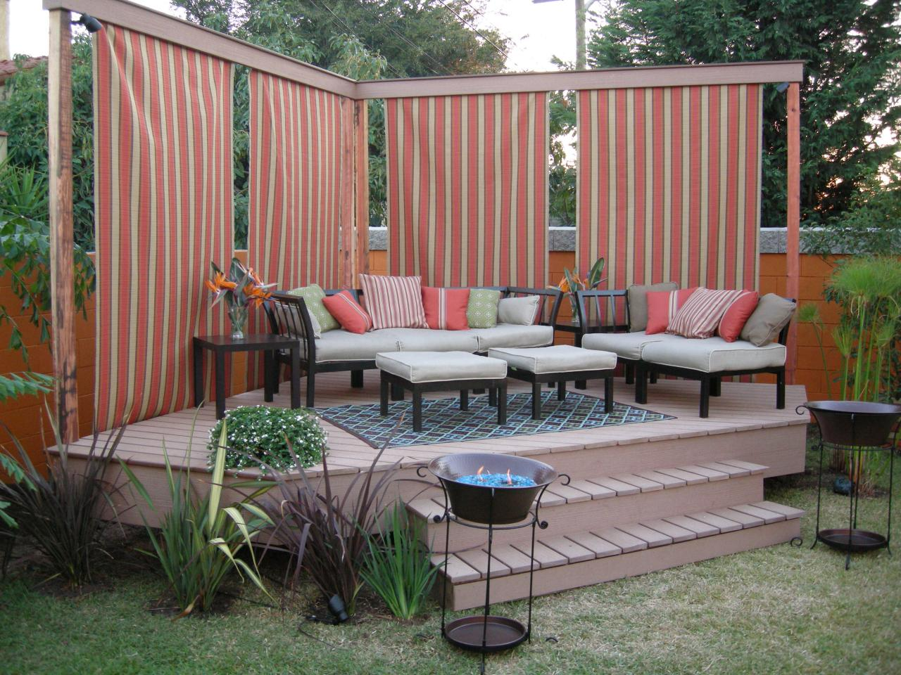 How to build a detached deck hgtv Small deck ideas