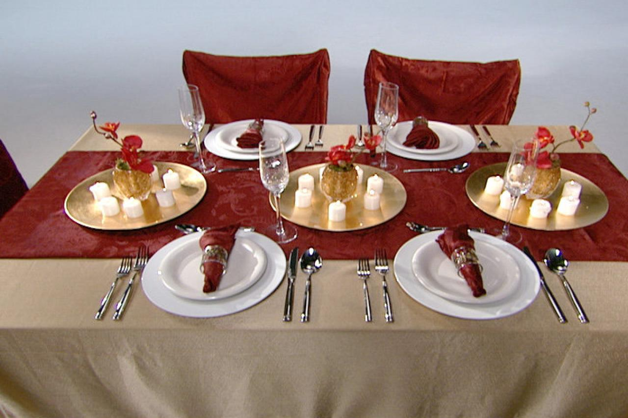 Tips for setting a formal or informal thanksgiving table - Dining table setting ideas ...