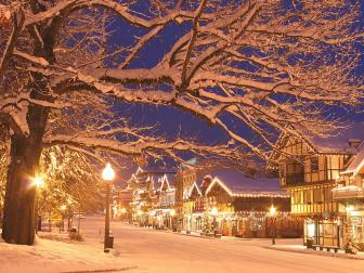 Top 10 Christmas Towns | HGTV