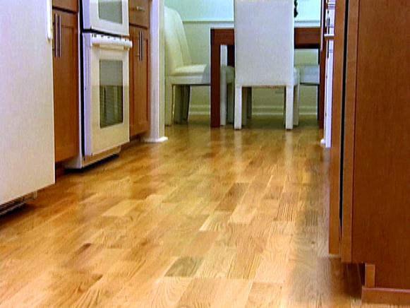 0100562_03_Hardwood-Flooring_s4x3