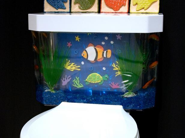 5919193-75133_02B_Fish-Tank-Toilet_s4x3