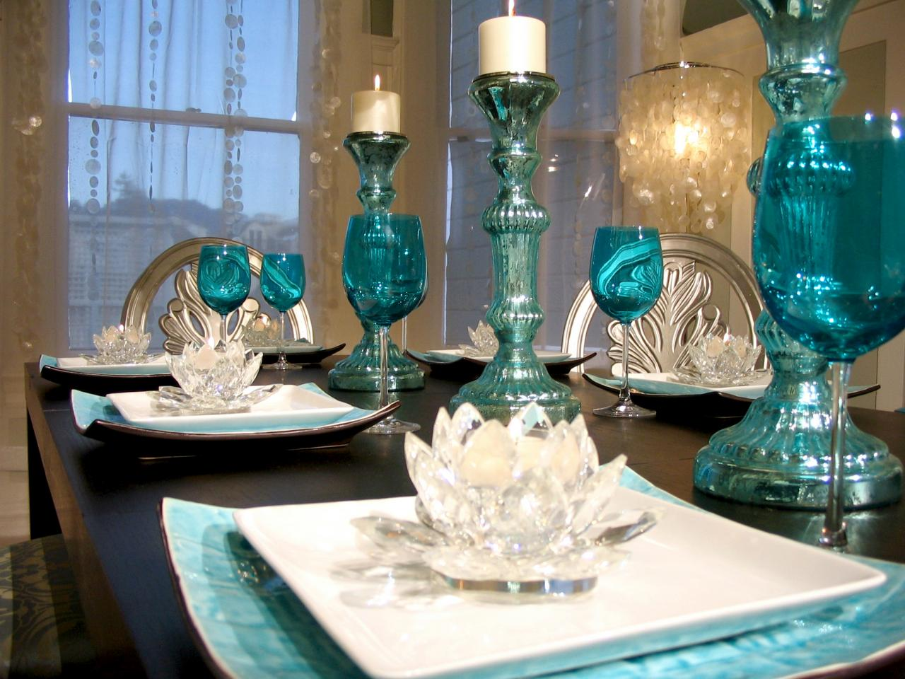 Colorful Dining Table Centerpieces: Best Places To Find Color Inspiration