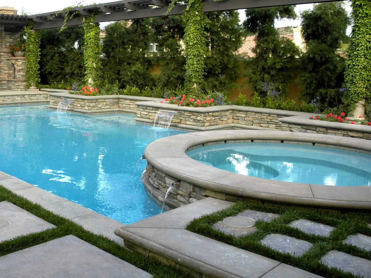 Planning a poolside retreat hgtv for Swimming pool spa designs