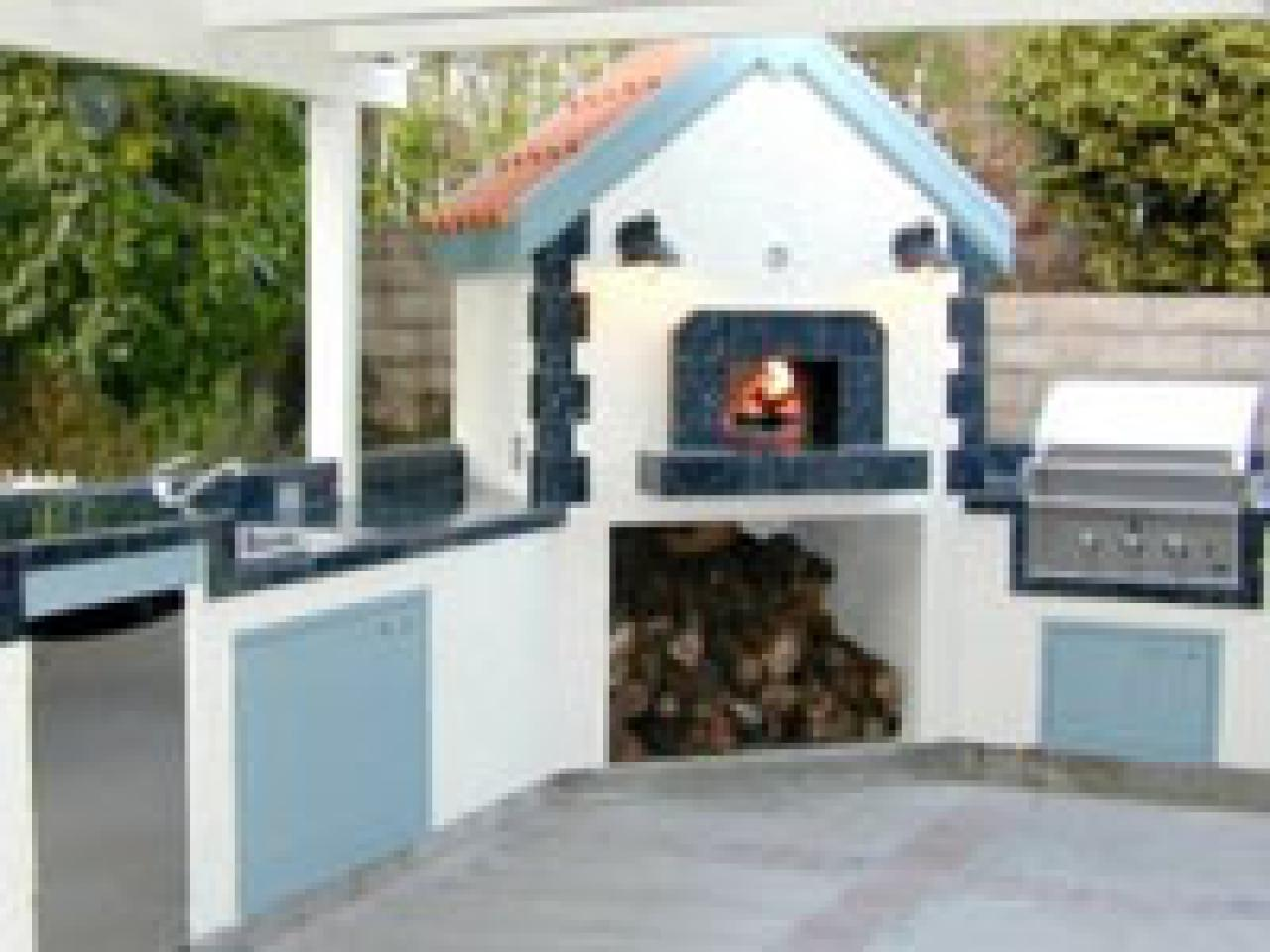 Options for an affordable outdoor kitchen hgtv for Affordable outdoor kitchen ideas